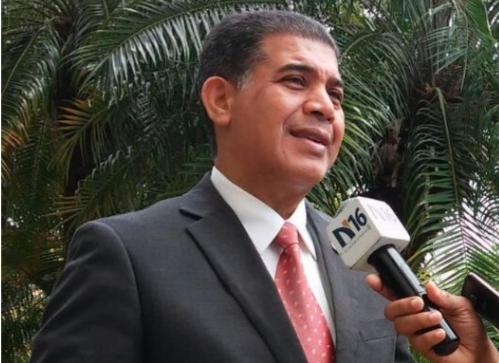 David Brens denuncia impiden a abogados ingresar a acto del Día del Poder Judicial