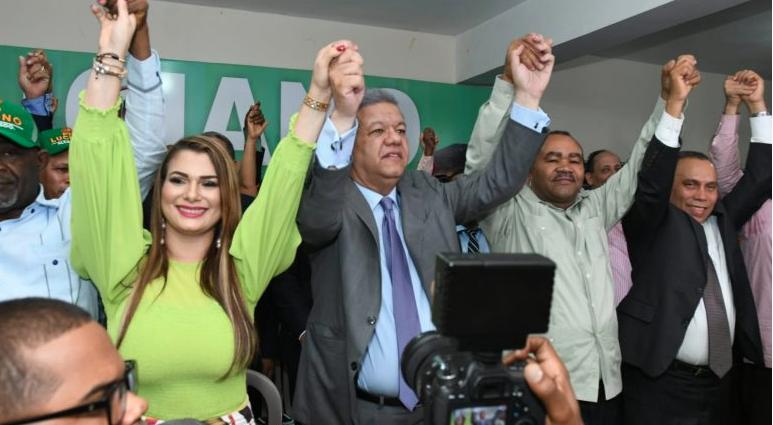 Luciano muestra plan contra delincuencia en Santo Domingo Oeste