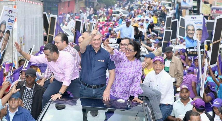 Gonzalo Castillo encabeza caravana en respaldo candidato a alcalde de SDE