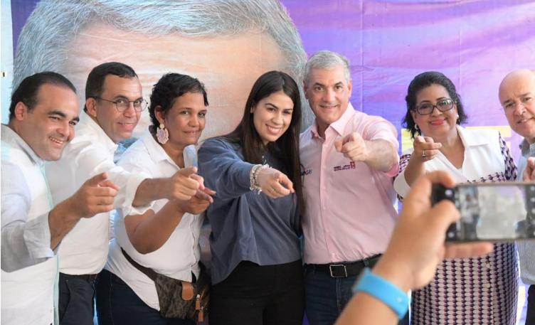 Gonzalo Castillo exhorta a jóvenes soñar en grande; dice serán protagonistas de gestión
