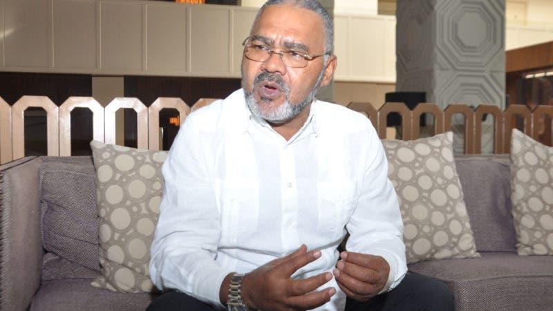 Entrevista al Alcalde  de Vallejuelo de San Juan de la Maguana, Silixto Encarnación. Hoy /Arlenis Castillo.