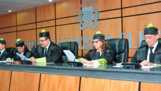 TSE declara inadmisible demanda Gómez Mazara contra Convención PRD