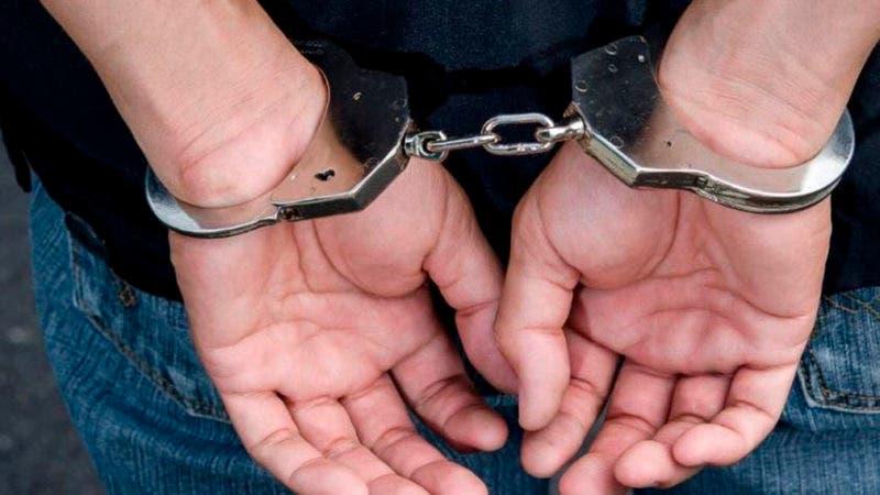 Lo arrestan dos veces en menos 24 horas