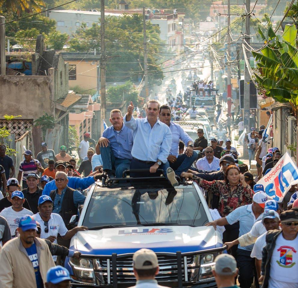 Luis sigue apoyo a candidatos municipales en Espaillat, Samaná, Nagua, SFM y Sánchez Ramírez
