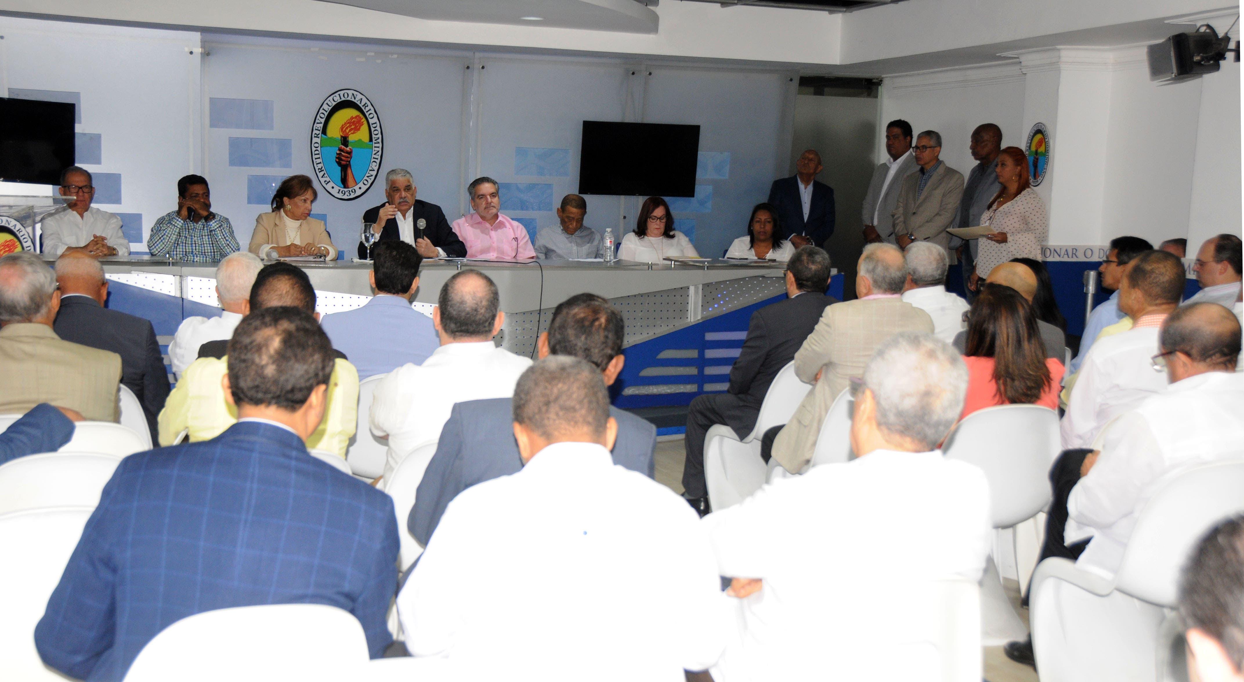 Comisión presidencial del PRD traza estrategias operativas de cara  a las elecciones de febrero