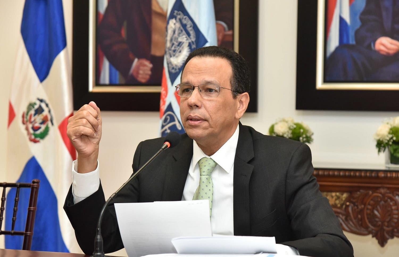 Video: Ministro de Educación desmiente haya contraído coronavirus