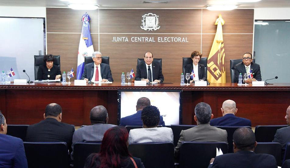 Mira cuándo se conocerán los resultados de auditoría forense a sistema de voto JCE