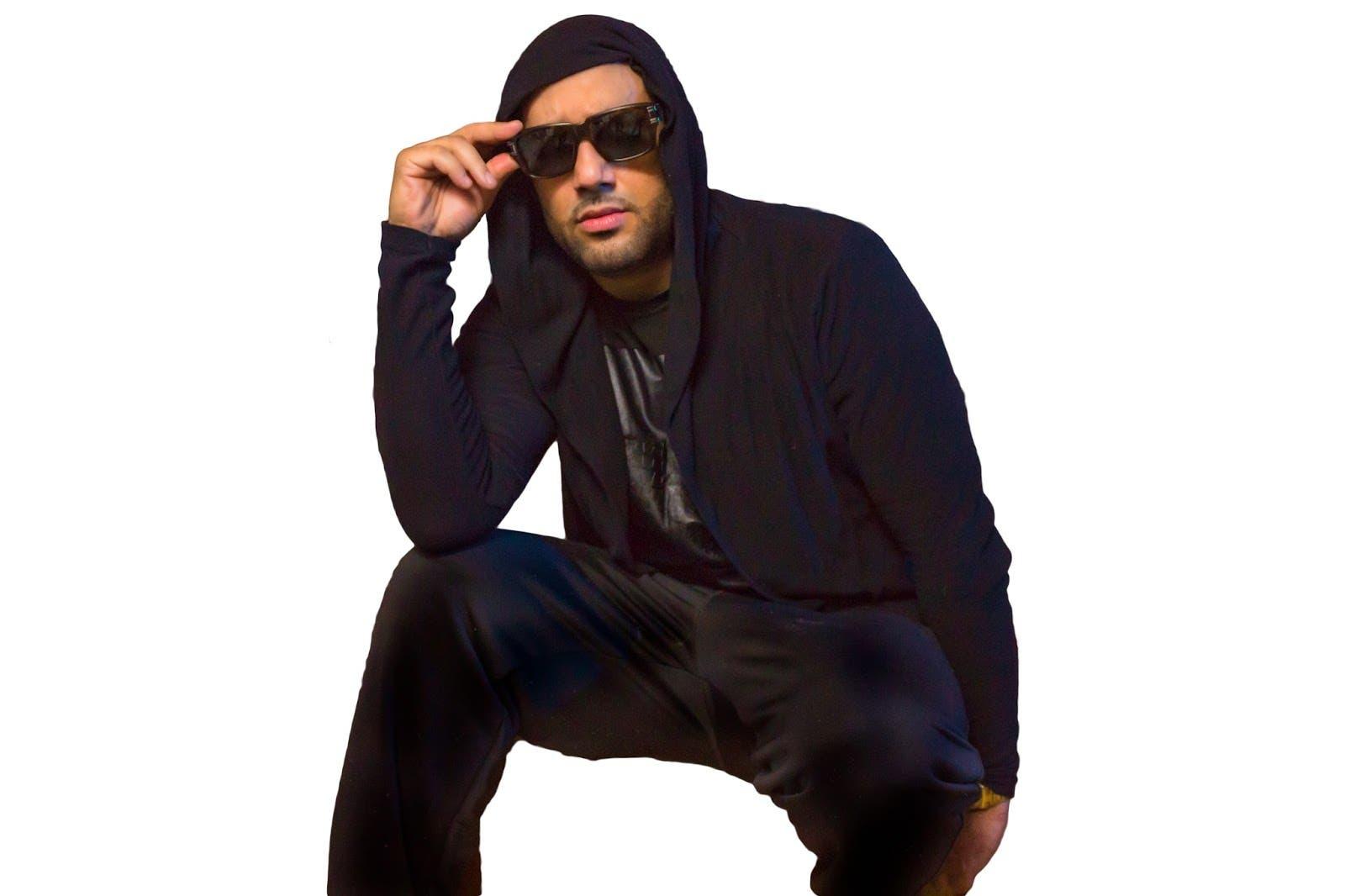 Apresan al cantante El Cata por supuesta agresión a su expareja