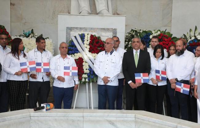 CNE exhorta seguir los valores  de los Padres de Patria
