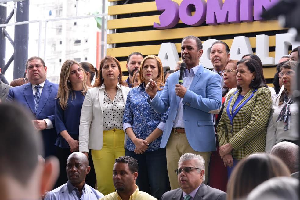 Domingo Contreras exige se convoquen nuevas elecciones lo antes posible