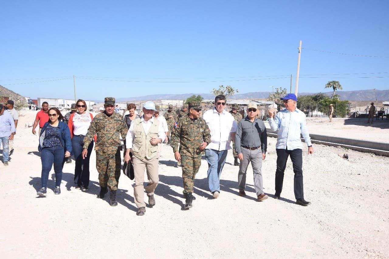 Delegación de embajadores realiza recorrido por la frontera domínico-haitiana