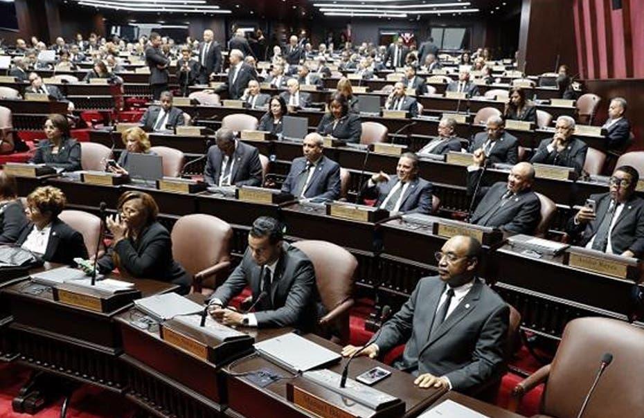 Congreso instala  Legislatura Ordinaria 2020  con protesta