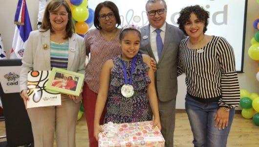 El CAID gradúa 57 niños por logros y años