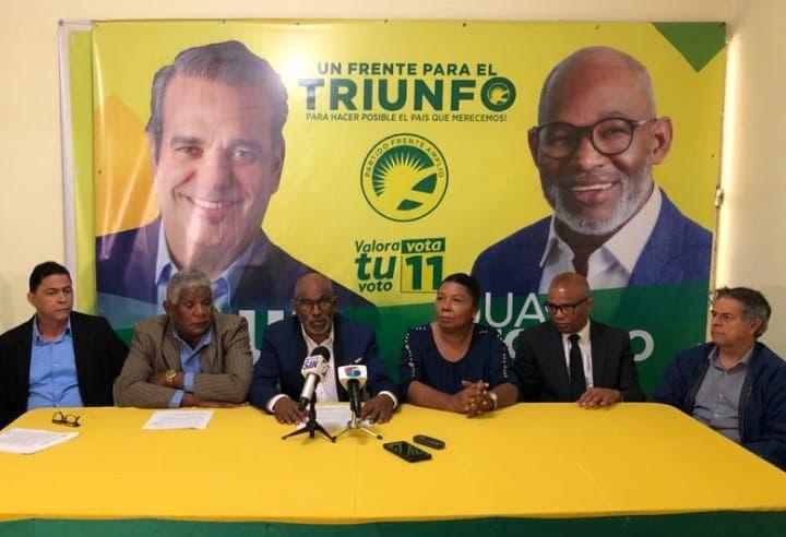 Frente Amplio sentará a Danilo Medina y a la directora del Plan Social, Iris Guaba en el banquillo de los acusados