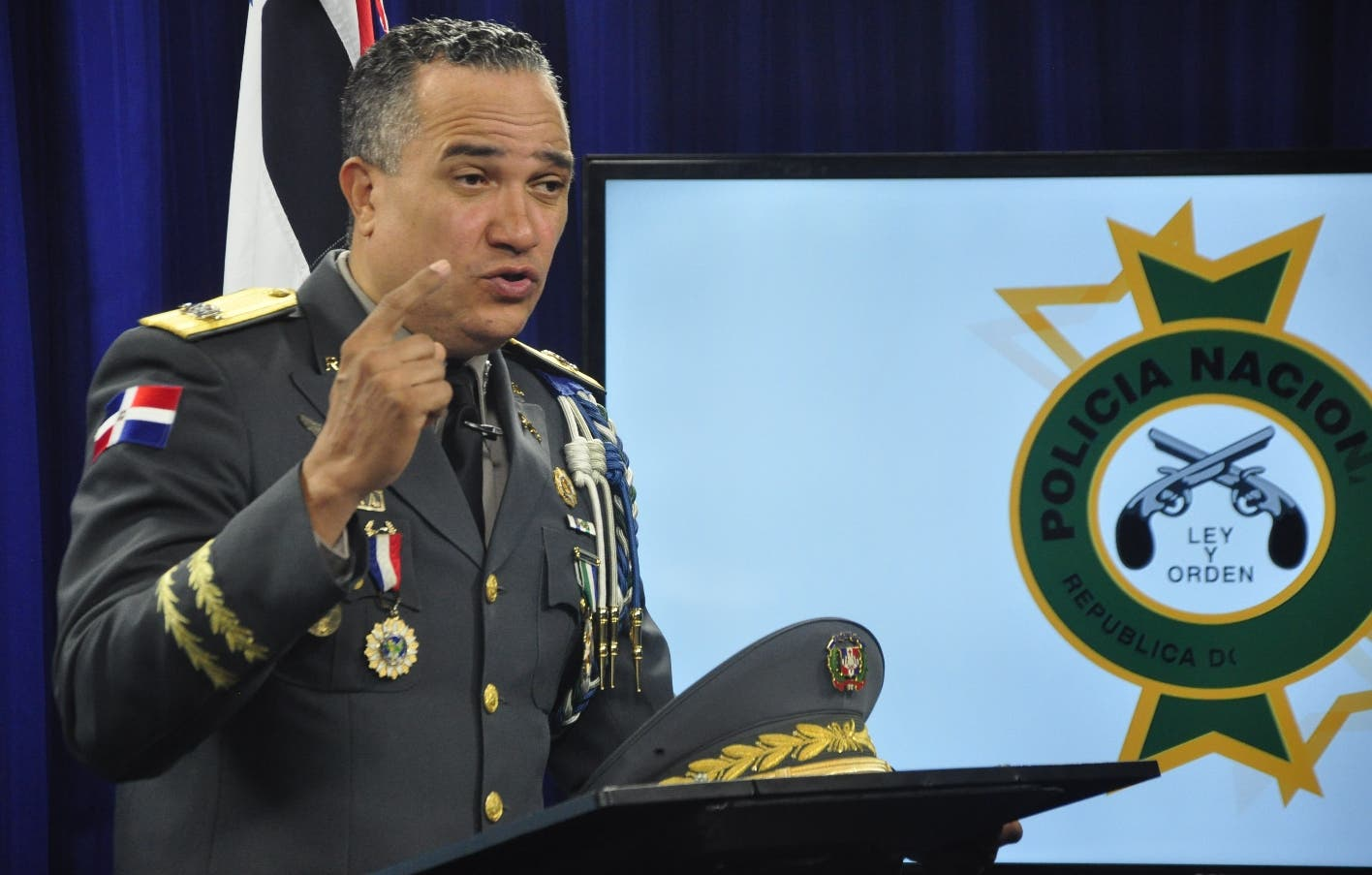 Director de la Policía detalla  razones por las que coronel escolta de Abinader sigue suspendido