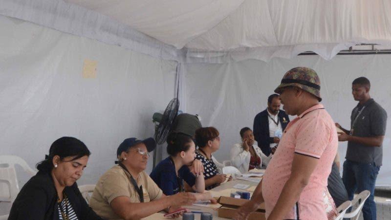 Reportaje a la Junta Central Electoral continúan trabajando arduamente para la Elecciones ordinaria generales del  2020-Santo Domingo Este Rep. Dom. 14 de febrero del 2020. Foto Pedro Sosa