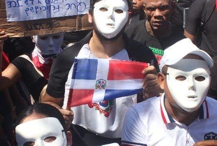 Artistas puertorriqueños apoyan las protestas en Dominicana