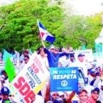 El candidato a Alcalde por el municipio Santo Domingo Este, licenciado Manuel Jiménez, quien es apoyado por el Partido Revolucionario Moderno (PRM) y una coalición de organizaciones opositoras, aseguró que la derrota del Partido dela Liberación Dominicana está consumada y reiteró que le robaron las elecciones en el 2016.  Hoy/Fuente Externa 23/02/20