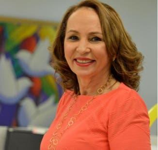 La periodista del HOY Altagracia Ortiz gana premio Rafael Herrera de Funglode