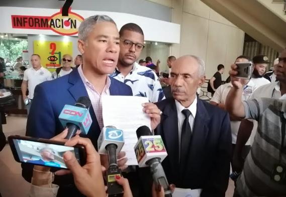 PRM somete en Santiago a Abel Martínez por presunta malversación de fondos
