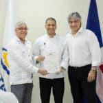 Bernardo O. Almonte, Elvis Hidalgo y Danilo Diazgranados