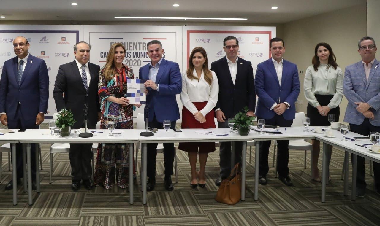 Carolina Mejía presenta plan de gobierno para Distrito Nacional