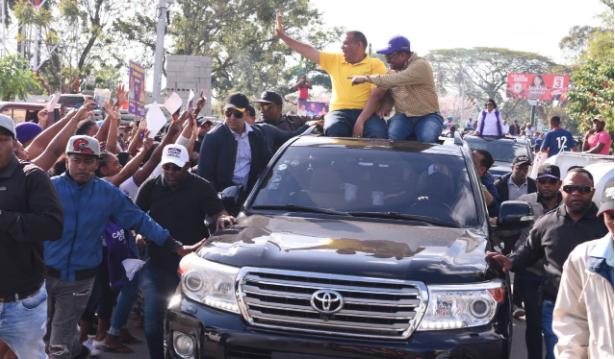 PLD cierra campaña elecciones municipales con marcha en Santo Domingo Norte