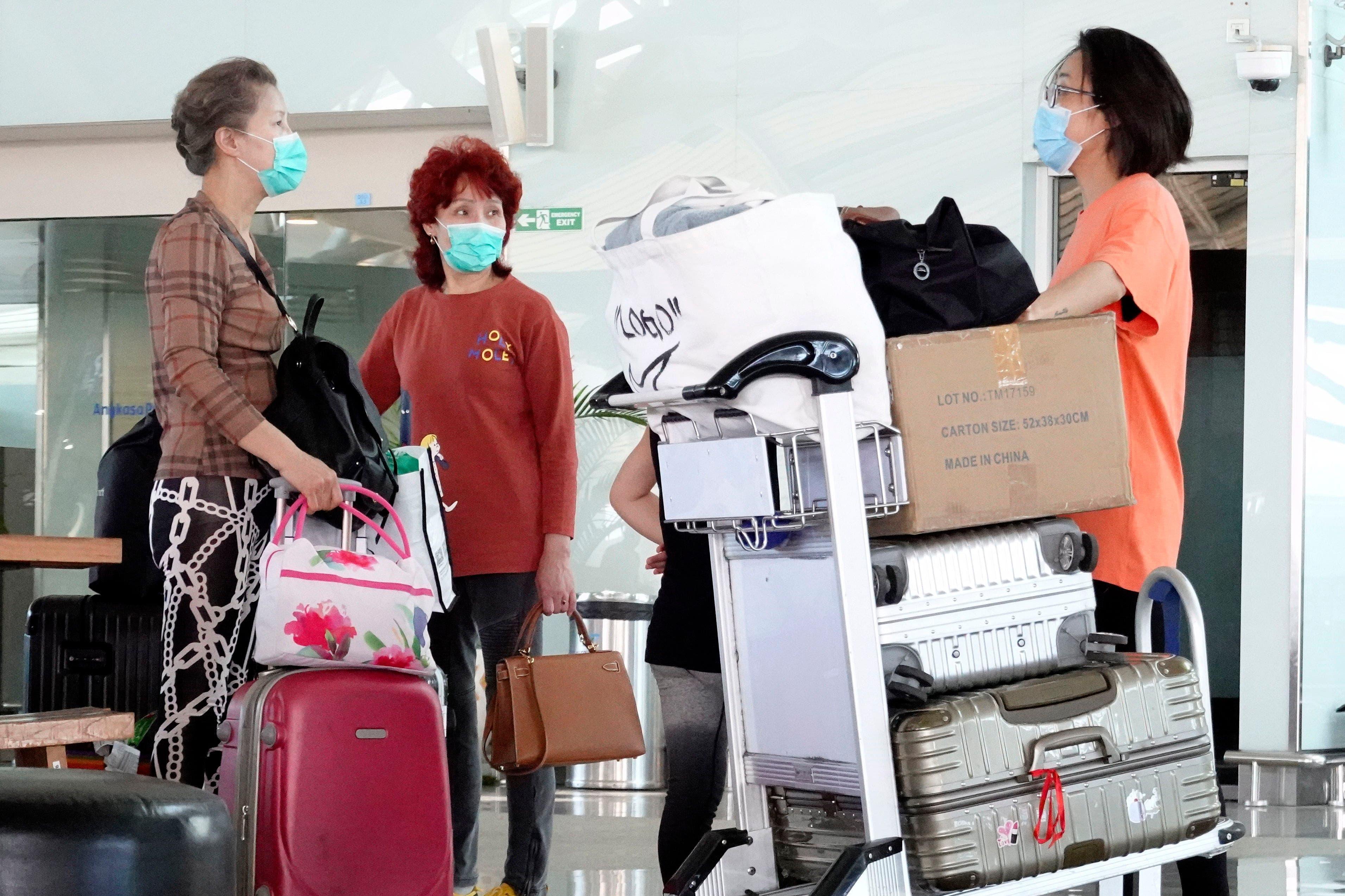 Alerta por coronavirus: 5000 chinos varados en Bali tras suspensión de vuelos entre Indonesia y China