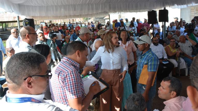 FEDA coordina entrega de 13.6 millones a ganaderos de Dajabón