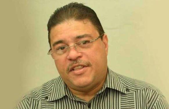 Francisco Camacho.