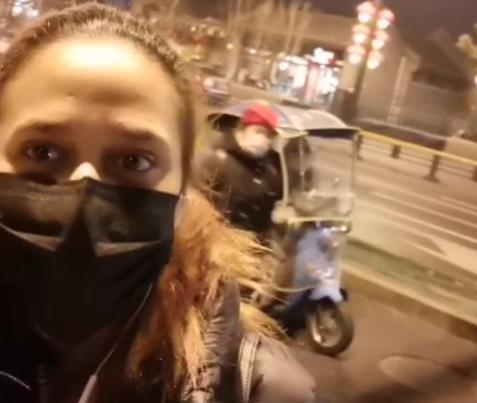 VIDEO: Dominicana que vive en Beijing explica situación real que se vive por coronavirus