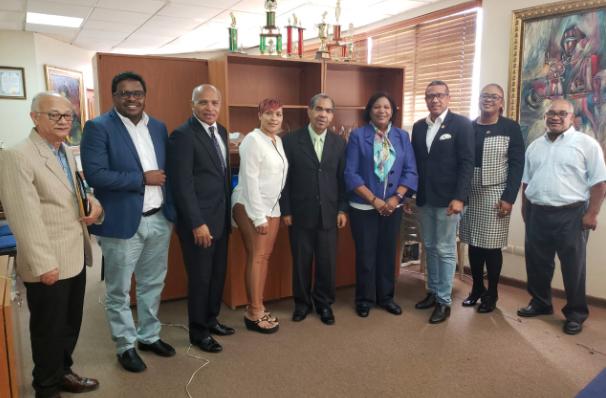 Dirigentes de Dos Generación visitan a la presidenta del CDP