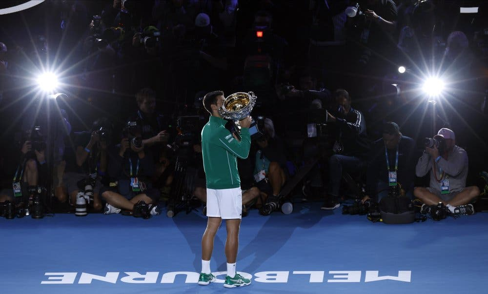 Novak Djokovic supera a Dominic Thiem y se corona en Australia por octava vez