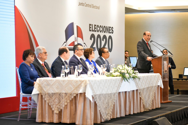 JCE realiza acto de inicio de trabajos de la misión de observación electoral internacional de elecciones municipales