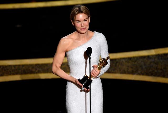 Renée Zellweger se corona como mejor actriz principal en los Óscar