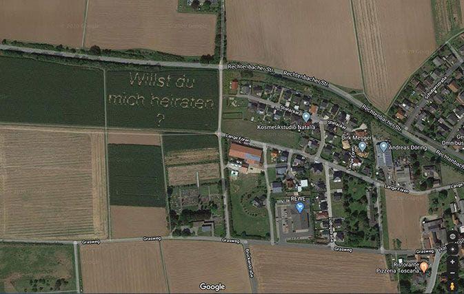 ¡Insólito!  Esta es la propuesta de matrimonio que aparece en Google Maps
