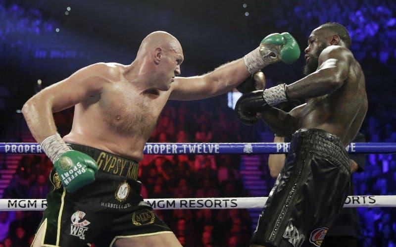 Tyson Fury castiga a Deontay Wilder y se apodera del título de pesos pesados