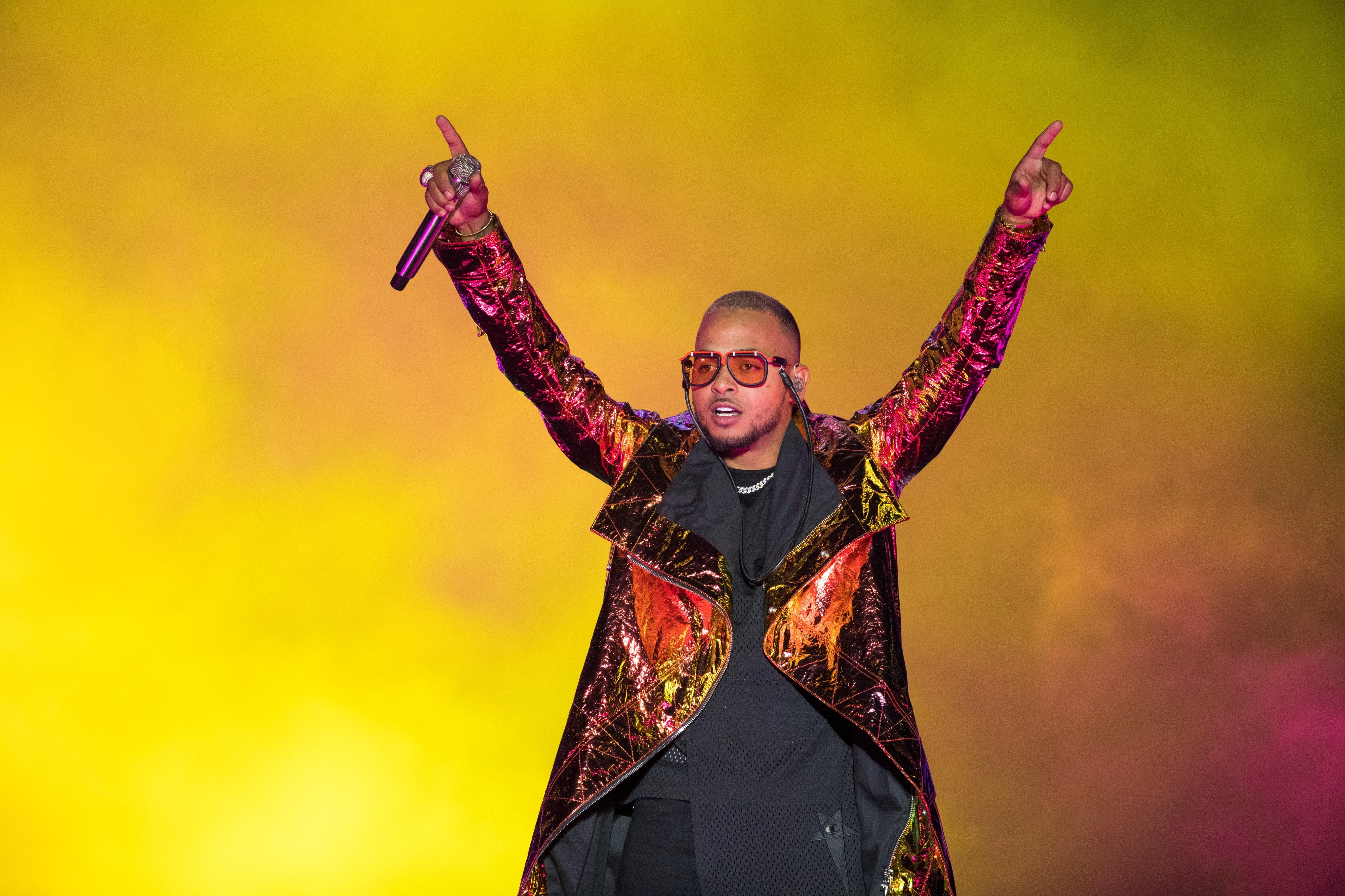 Ozuna cautiva al público dominicano y da inicio a su gira en San Valentín
