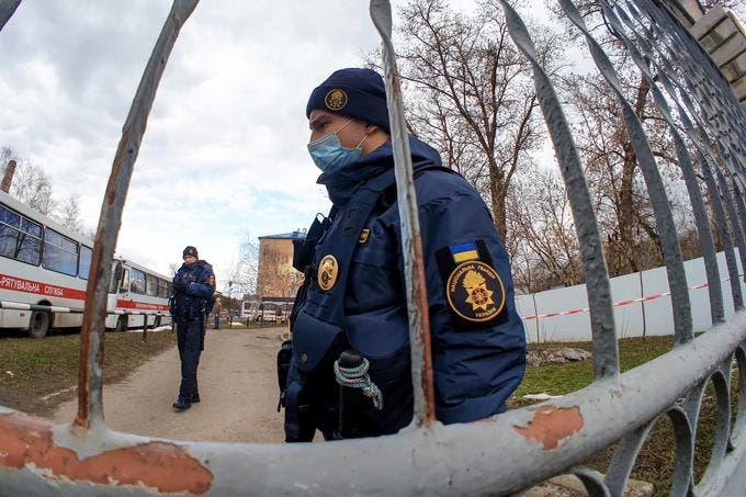 Ucrania refuerza seguridad de dominicanos y otros evacuados tras incidentes ante temor coronavirus