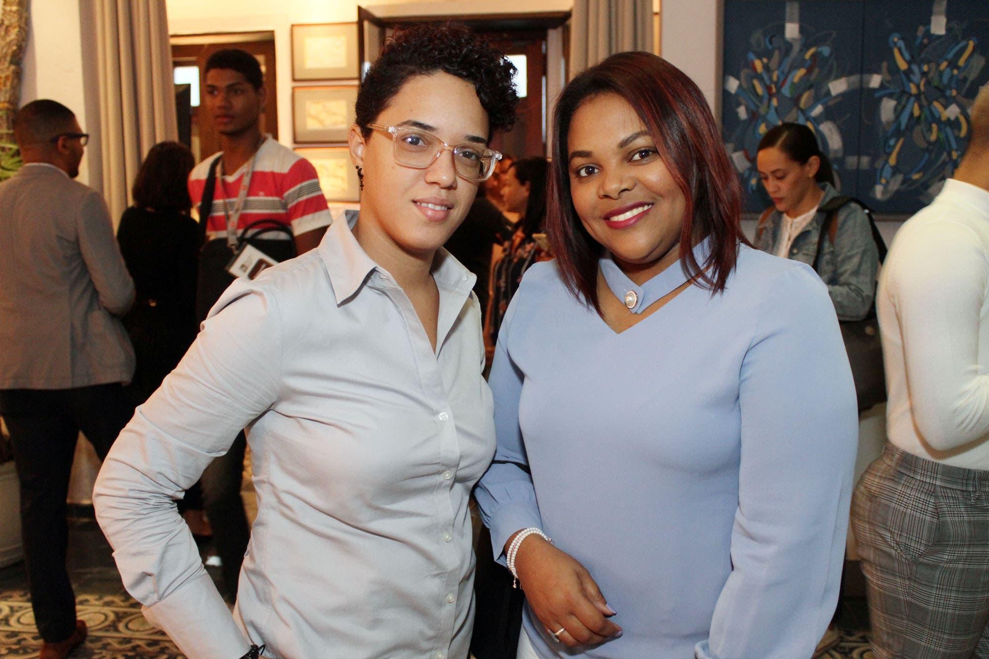 Pamela Soriano y Ana Montero.