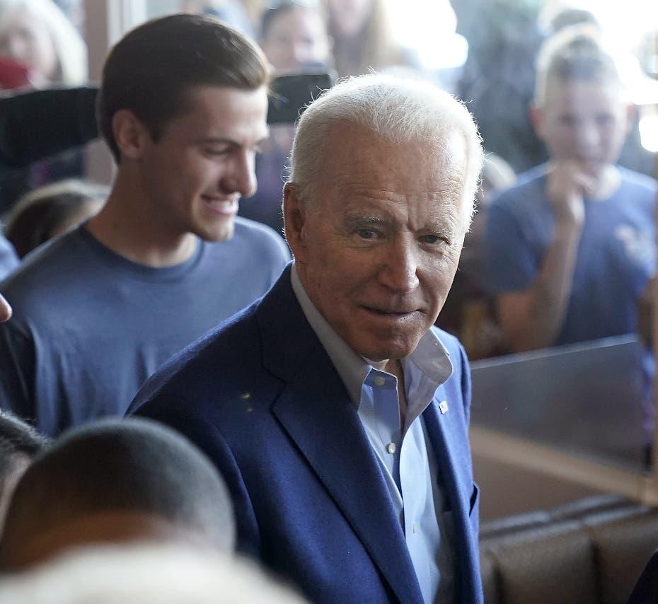 """Exvice Joe Biden se impone a senador Sanders primarias del """"supermartes"""""""