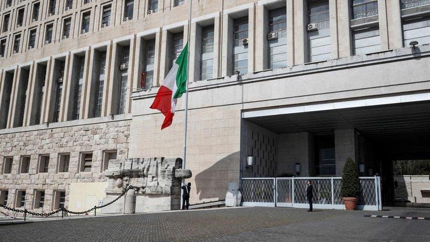 Italia investiga ataque con navaja