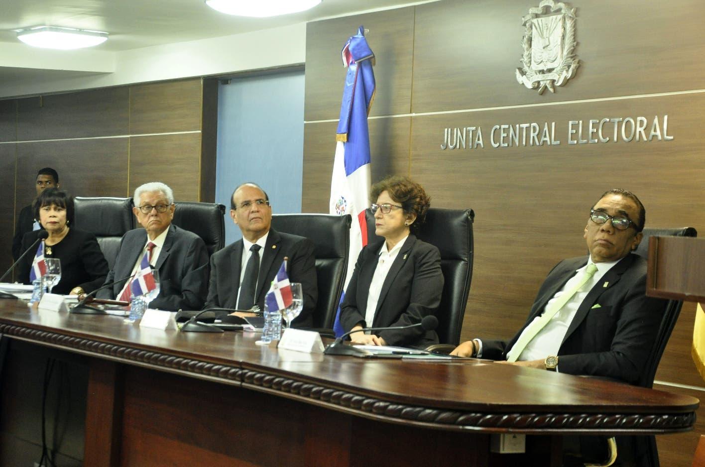 JCE aceptó los  pactos y las alianzas elecciones mayo