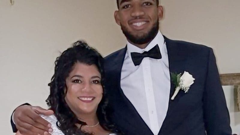 karl anthony towns Y SU MADRE