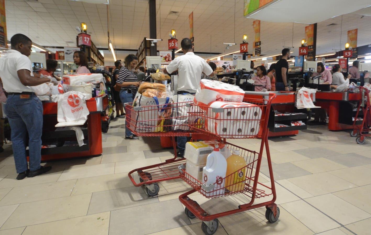 Danilo Medina: Suspensión de actividades comerciales por coronavirus exceptúan colmados y supermercados