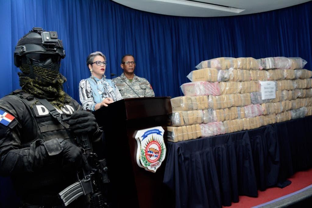 Decomisan 264 paquetes de droga próximo a Boca Chica
