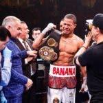 """Jeison """"Banana"""" Rosario  Detiene a Williams y captura los títulos mundiales de la AMB, FIB y IBO"""