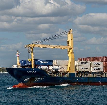 Línea naviera Crowley inicia ruta marítima