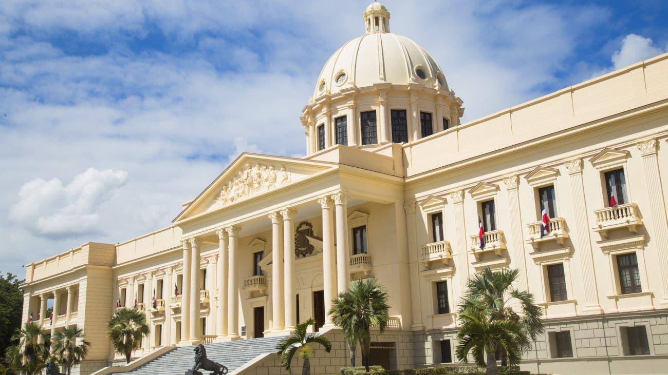 Danilo Medina envía al Congreso anteproyecto de Ley Orgánica de Regiones Únicas de Planificación