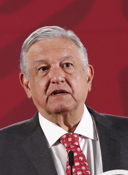 México no cierra aeropuertos por virus